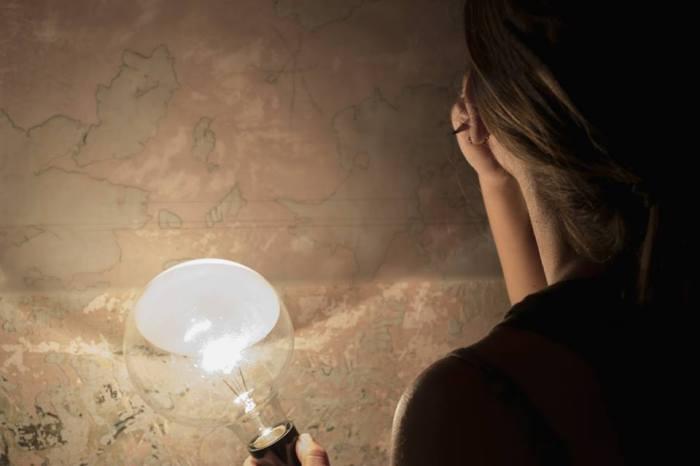 Claudia Gambadoro studia le superfetazioni durante la residenza