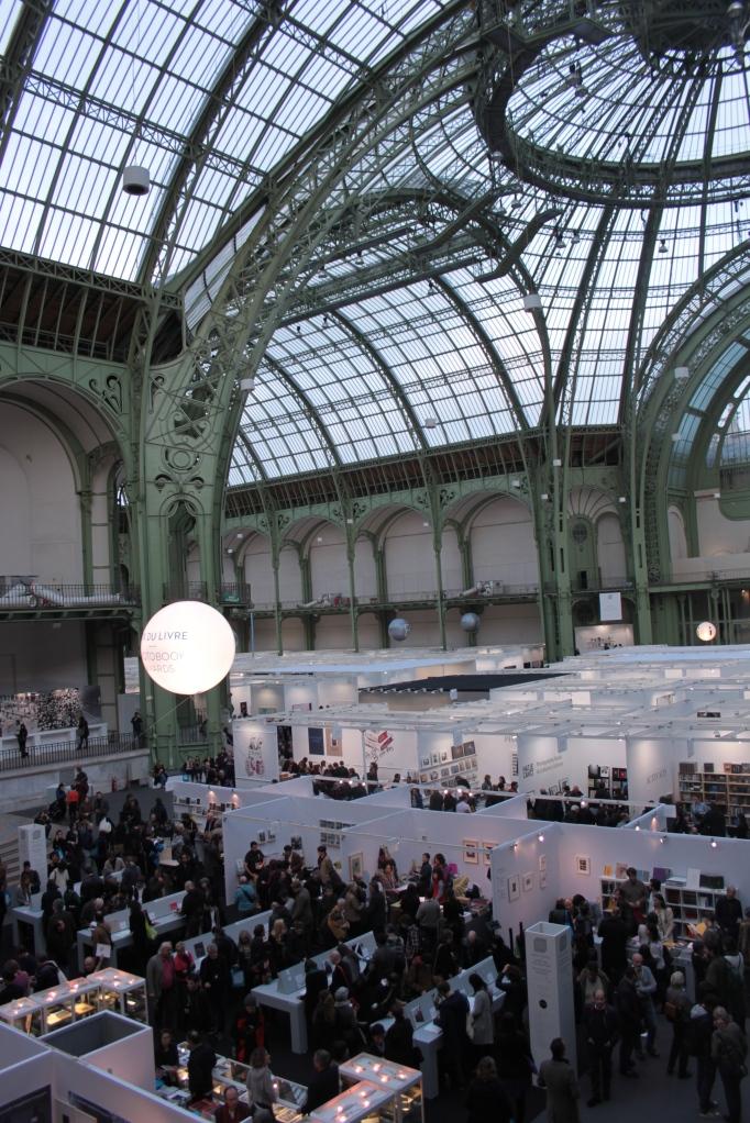 interno del Grand Palais durante Paris Photo 2013