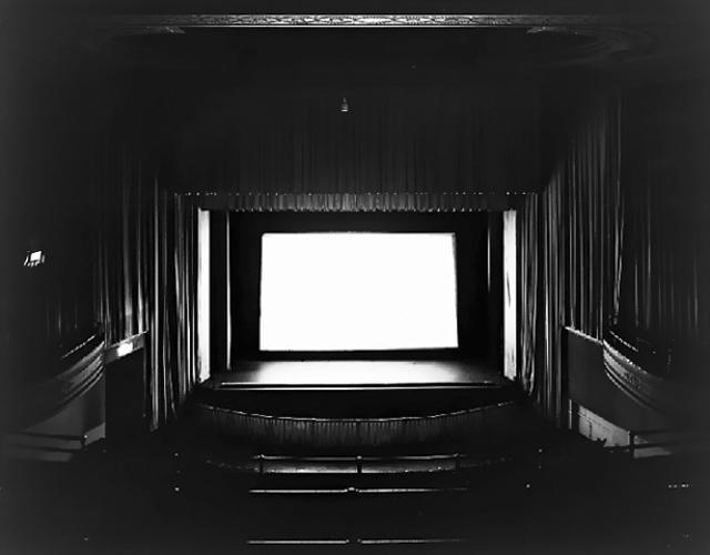 UA Little Neck. New York, Hiroshi Sugimoto, 1976, Galerie Danziger
