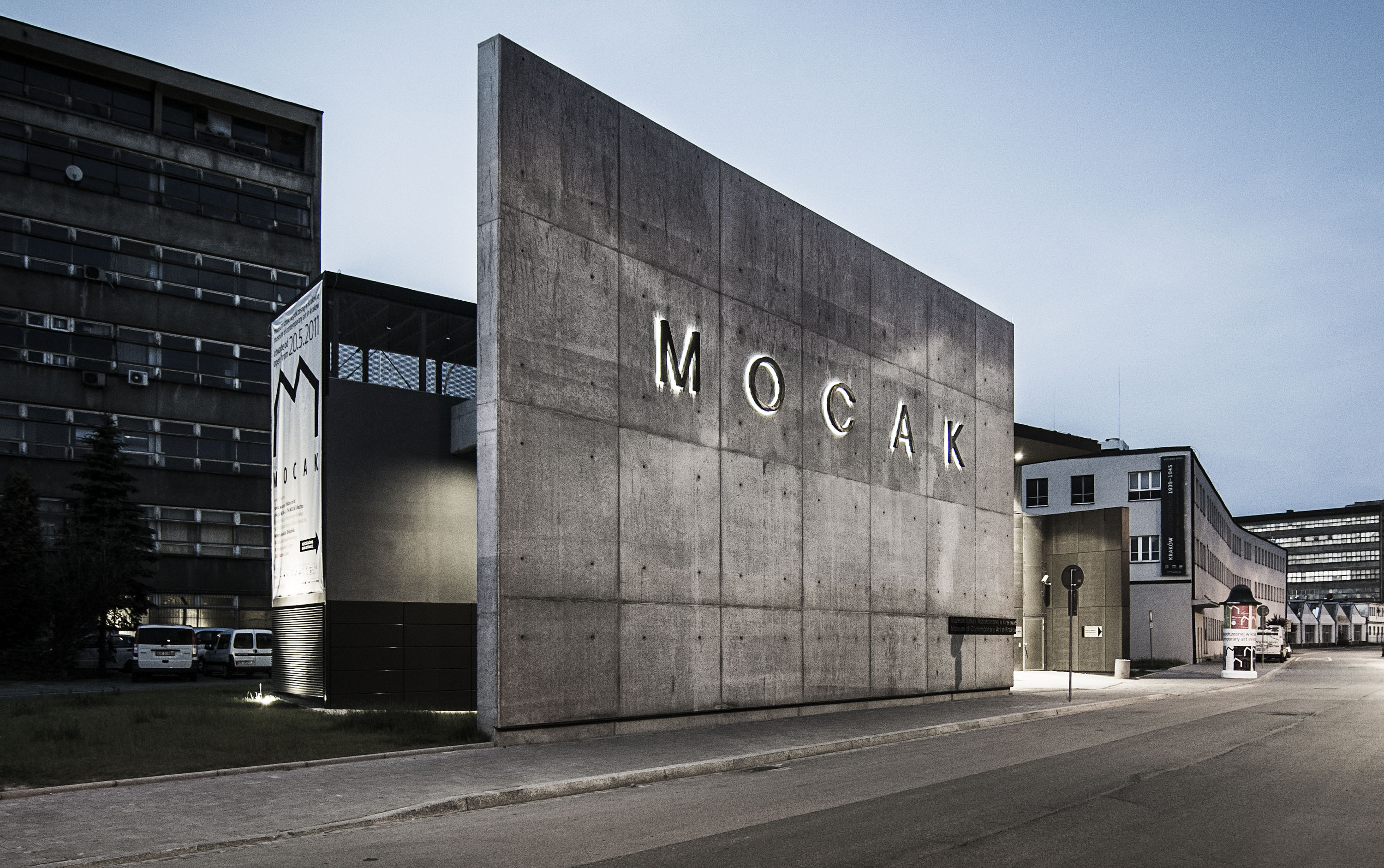 Cracovia un panorama artistico tutto da scoprire master for Modern factory building design