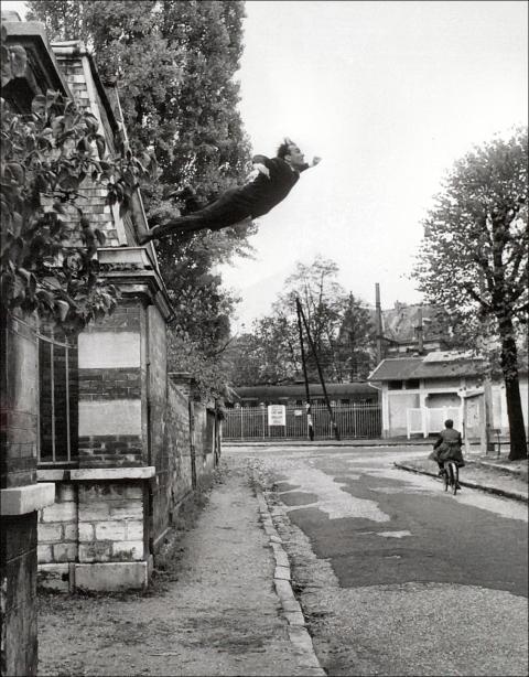 Yves Klein, Le saut dans le vide (1960)