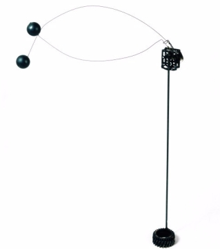 Bruno Munari, Macchina Inutile, 1952. Metalli vari e meccanismo di orologio, 105x52x12 cm